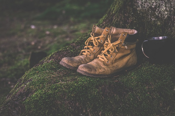Best Hiking Boots for Pronation Review